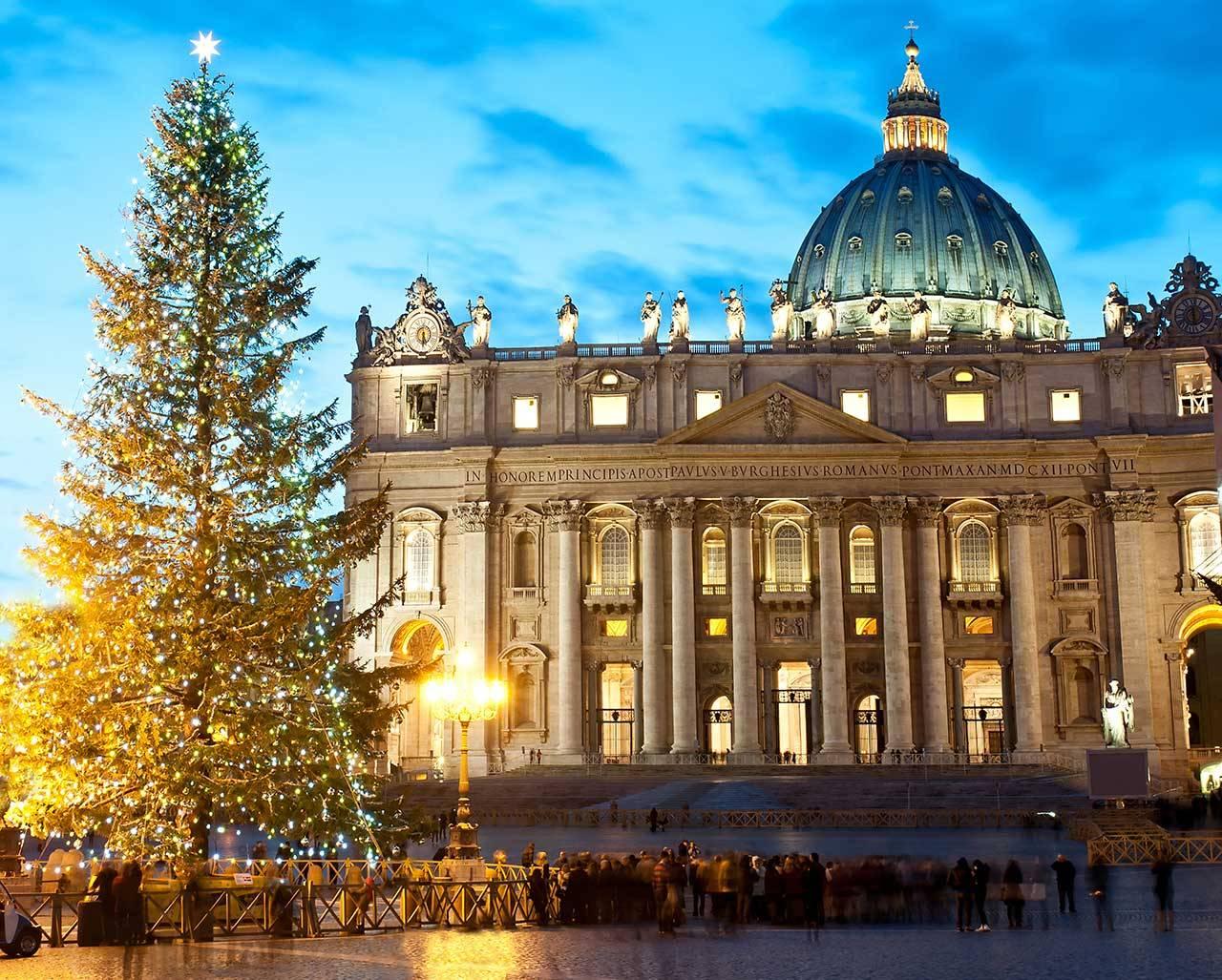 La magica atmosfera del Natale nella città eterna: Roma