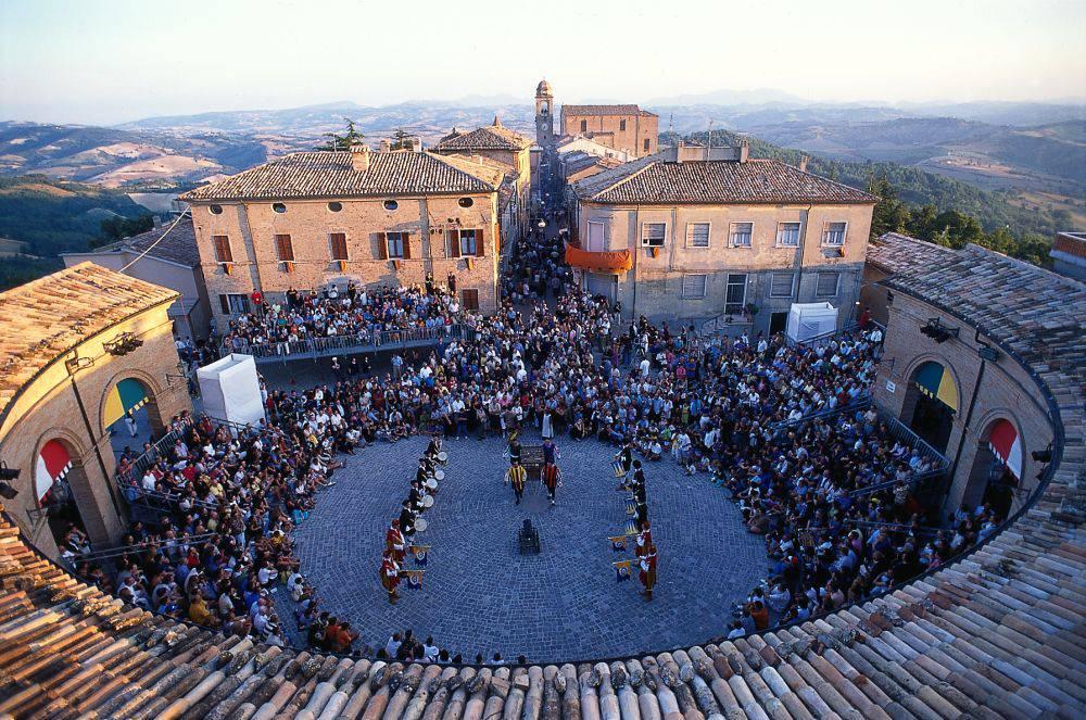 Repubblica di San Marino e Borgo di Mondaino