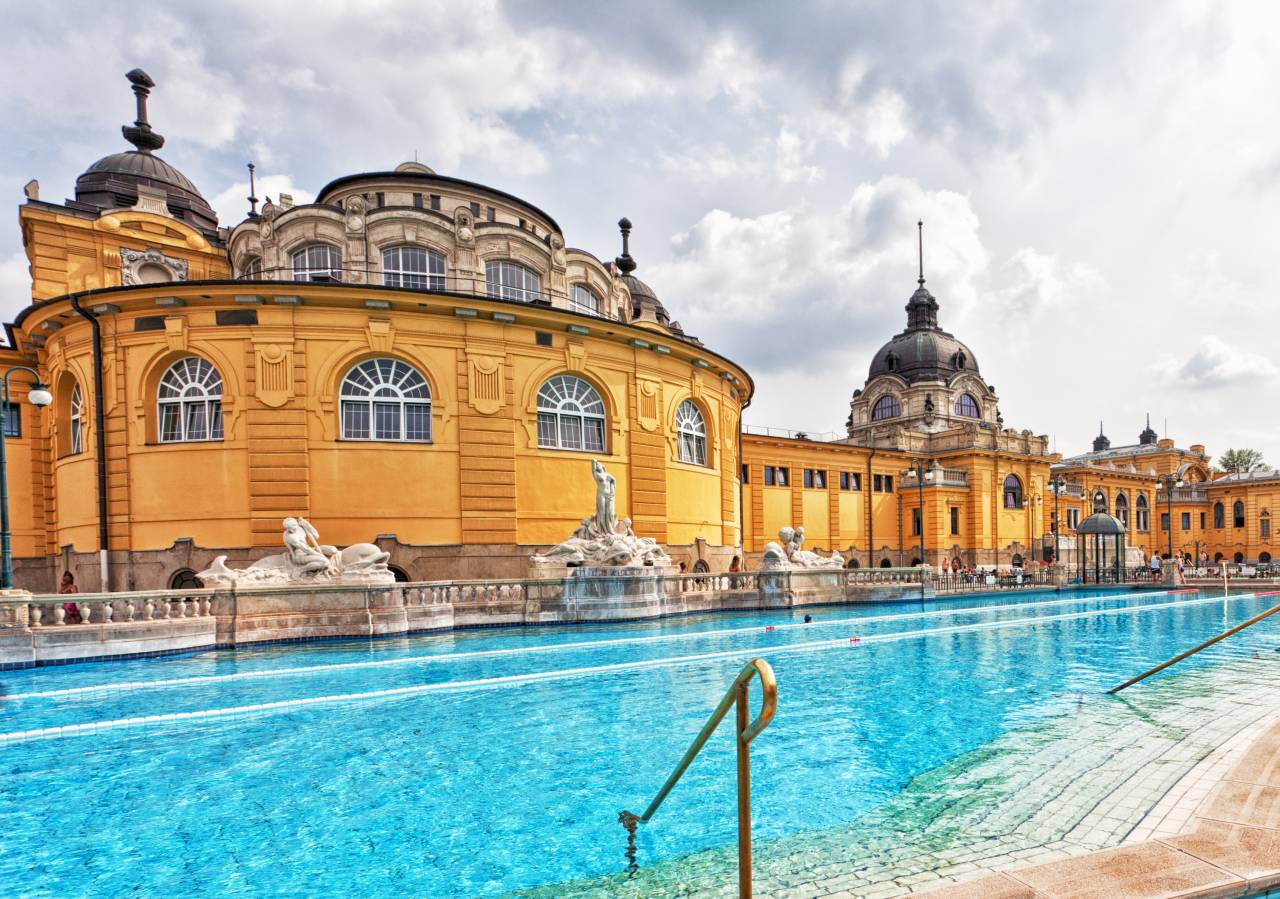 Budapest ed il parco termale sz chenyi thermal bath