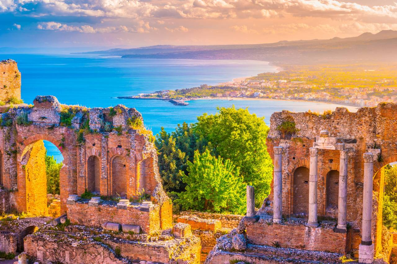 Sicilia ed Isole Eolie: perle barocche e meraviglie greche nell'azzurro Mediterraneo